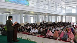 Bupati Sukabumi Hadiri Maulid Nabi Muhamad SAW 1441 H Di Ponpes Darussyifa Al Fithroh Yaspida