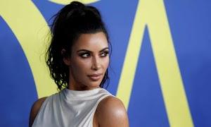 Las máscaras faciales de Kim Kardashian West provocan controversia