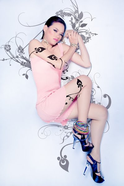 More Photos of Nguyen Thi Tuyet Lan, Asian Model Search 2011