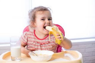 5 Reasons You Should Eat a Banana