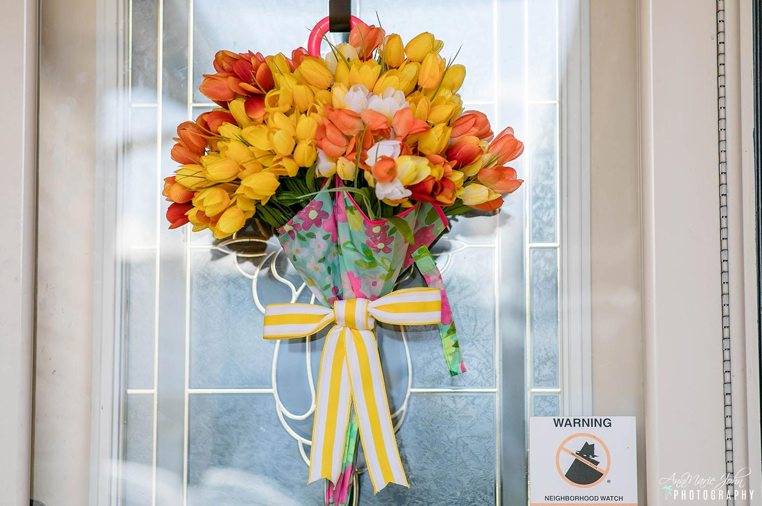 A Tulip Umbrella Wreath That S Perfect For Spring Annmarie John