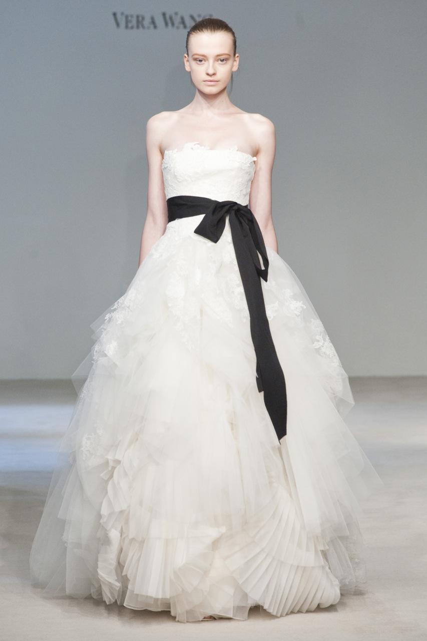 Wedding Trend I... Vera Wang Wedding Dresses
