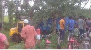 ঝিনাইদহ কালীগঞ্জে ট্রাক চাপায় রিমা নামের (৮) বছরের শিশু নিহত