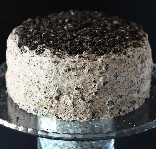 EASY VEGAN CHOCOLATE OREO CAKE #desserts #cakes #oreo #chocolate #recipes