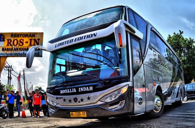 Rosalia Limited Edition bus mewah
