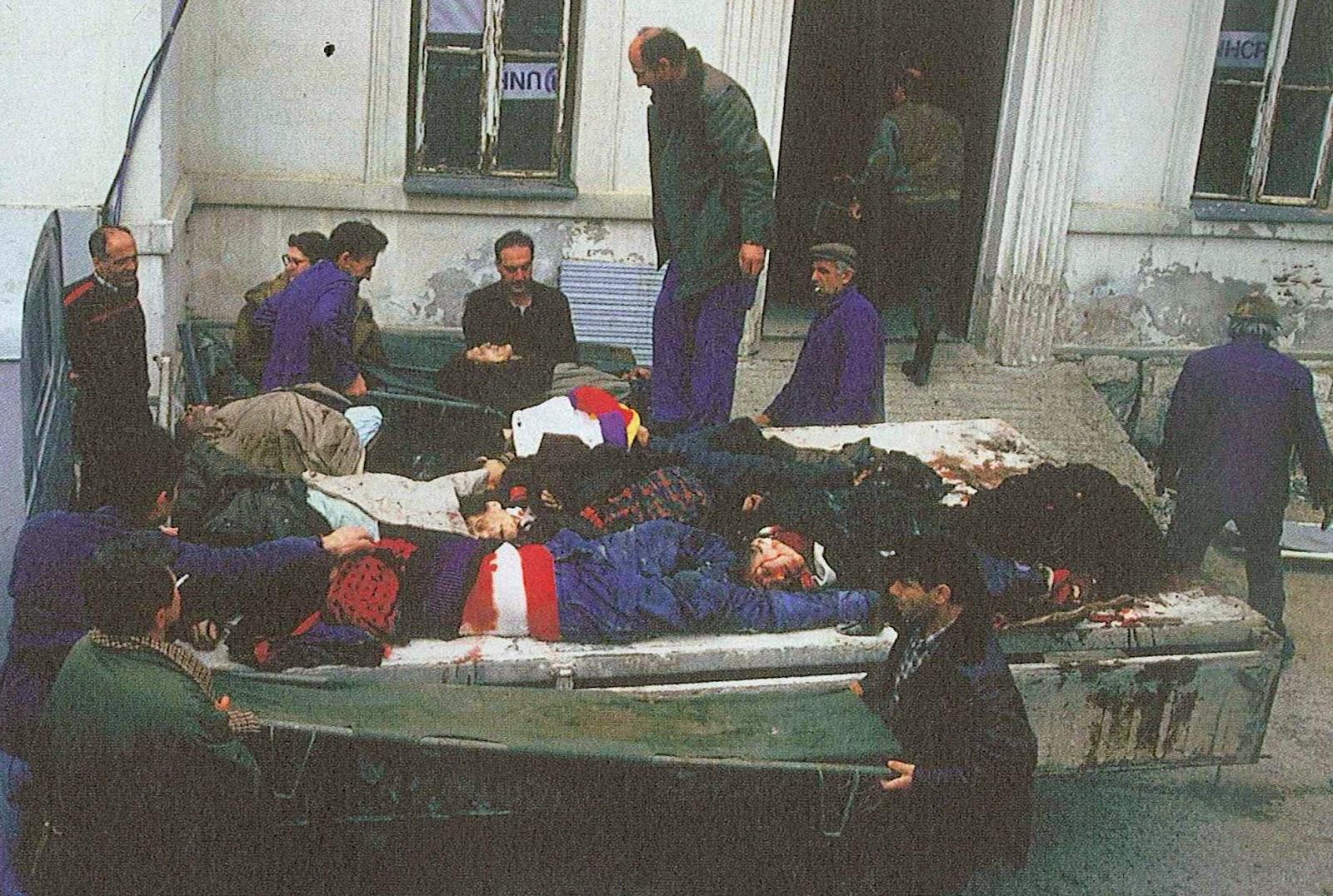 民族紛争による民間市民の犠牲者...