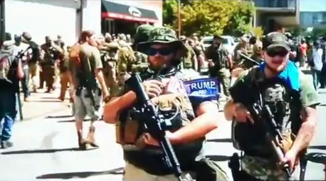 Tragedy looms as heavily-armed millitia groups take over streets  of US metropolis (video)