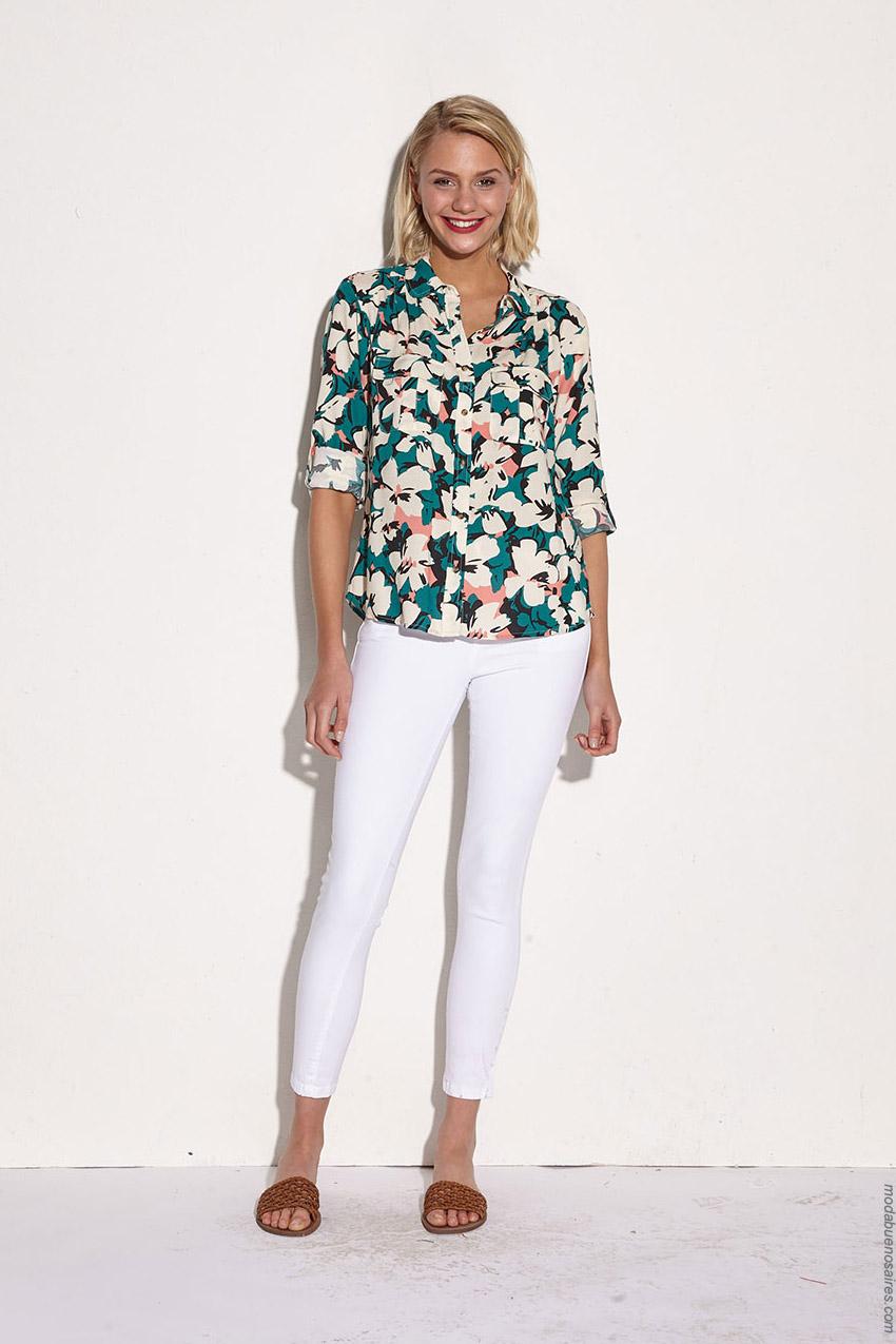 Pantalones blancos de mujer verano 2020. Moda mujer primavera verano 2020.
