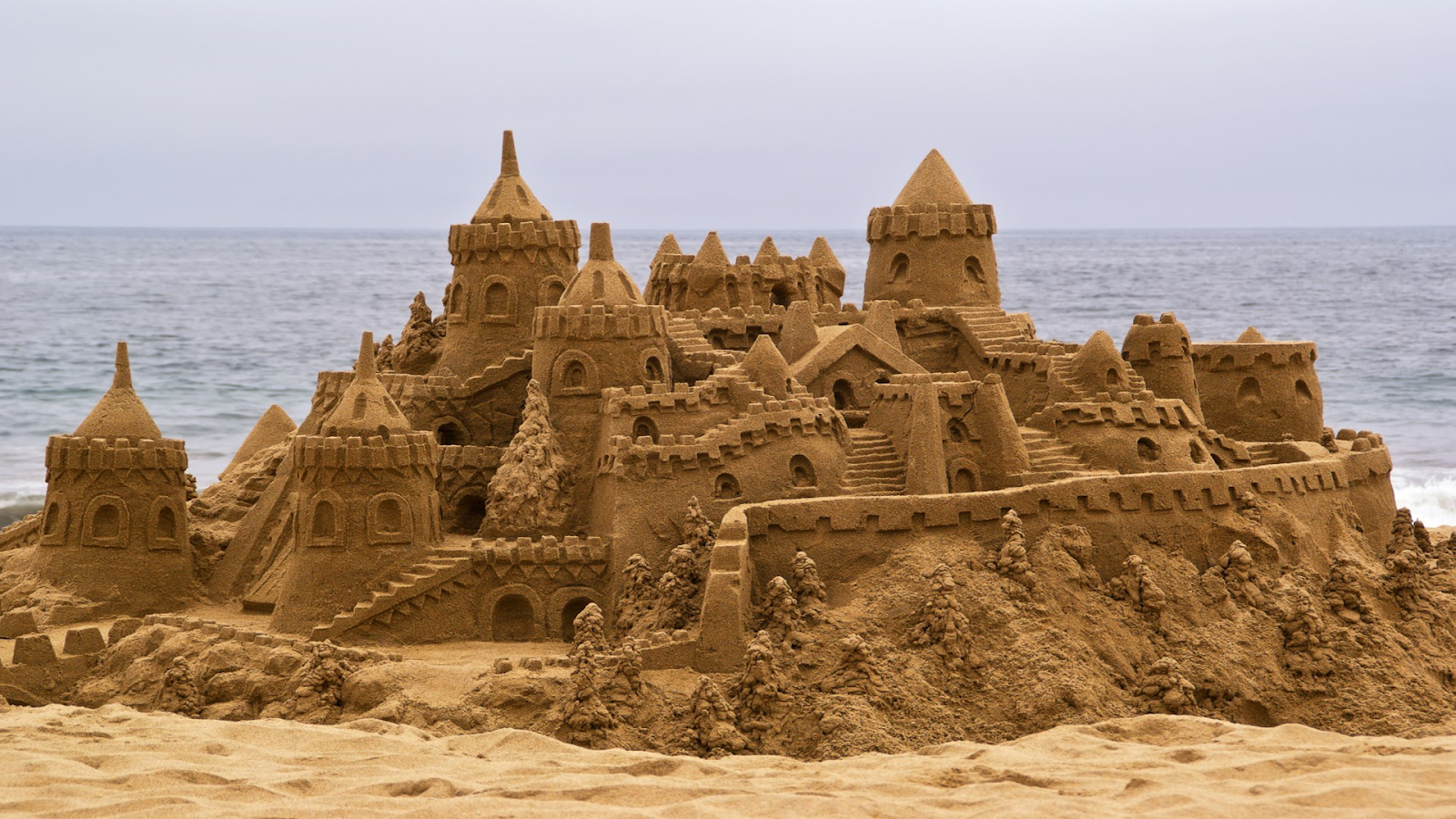 Download-Sandy-Castles-Tema-Windows 10