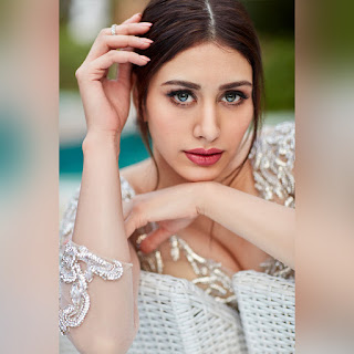 Warina Hussain Images