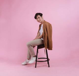 """Rey Diawan, Konsisten Berkarya dengan Merilis Single Anyar Berjudul """"Kata dan Rasa"""""""