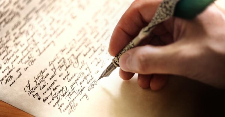Ini Tips Menulis Cerpen dari Para Sastrawan Indonesia