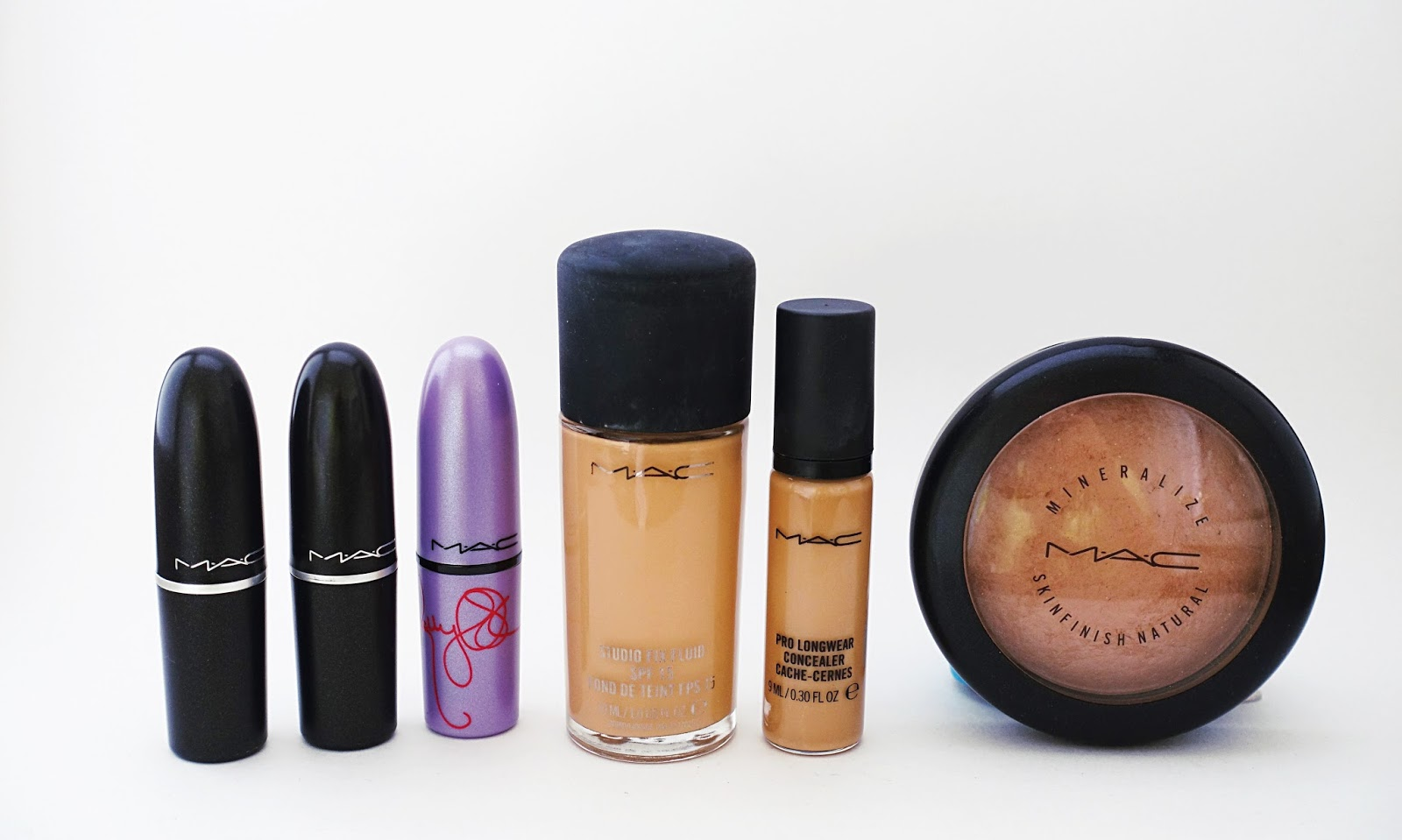 mac cosmetics, mac, mac makeup, favourite mac products, favorite mac products, mac studio fix fluid foundation, mac pro longwear concealer, mac mineralize skinfinish natural, mac lipsticks, mac lipstick swatches, mac heroine, mac kelly yum yum, mac candy yum yum, mac syrup