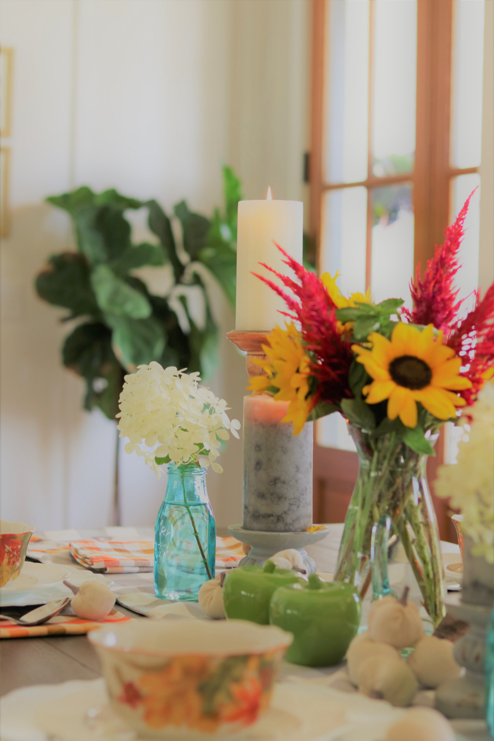 decorating-home-flowers-check-buffalo-vintage-bottles