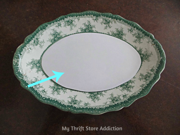 The 15 Minute Fix: Vintage China Chalkboard mythriftstoreaddiction.blogspot.com Create a chalkboard from a favorite vintage plate!