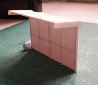 Bus type platform shelter for Rhiw model railway