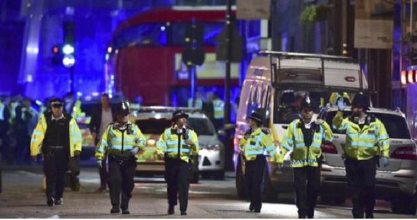 लंदन में आतंकवादियों ने पहले बोला अल्लाह', फिर किया हमला, कई मौतों की सूचना
