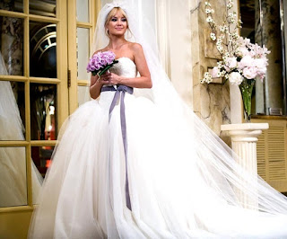 vera wang wedding dress from bride wars