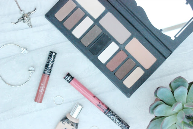 Kat Von D Shade and Light Eye Shadow Palette Review