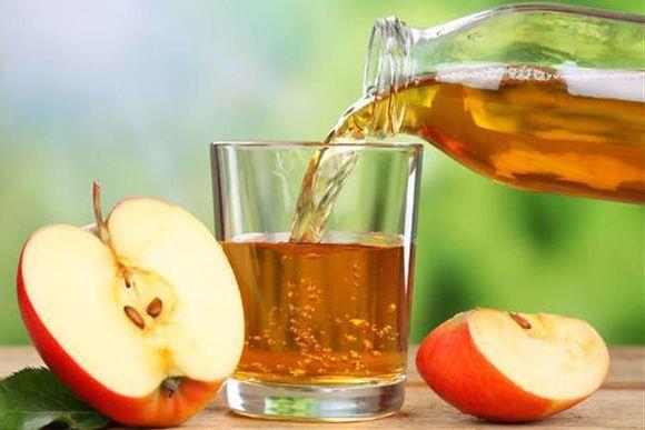 Nếu vẫn muốn sử dụng giấm táo, hãy pha loãng nó để có độ pH bằng 4