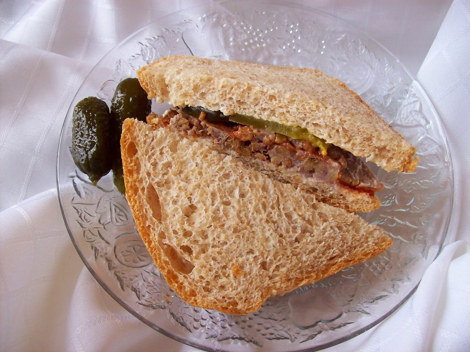 Mom's Quick Lentil Roast sliced and in a sandwich.