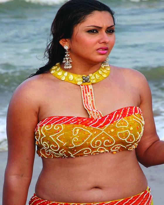 namitha nude in caravan