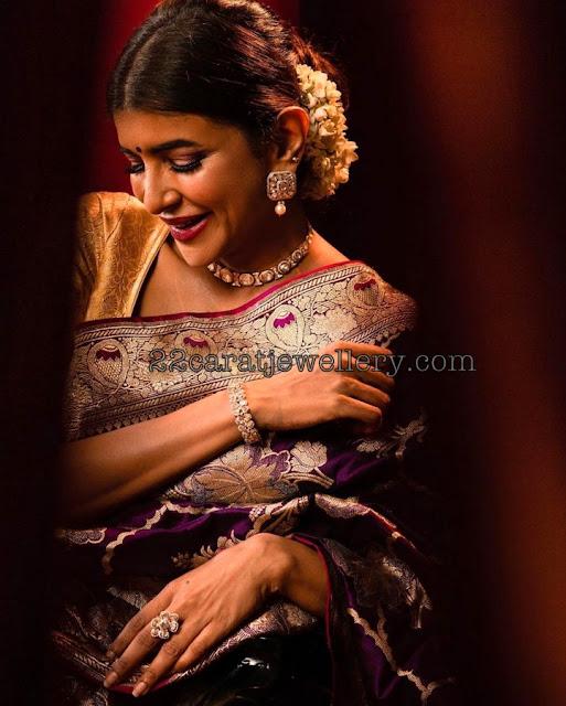 Lakshmi Manchu Simple Polki Choker Bangle