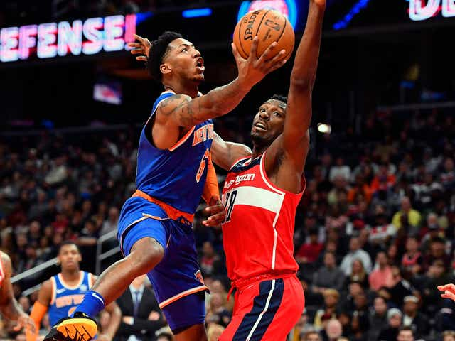 Knicks,beat,Wizards,as Dennis Smith,remains
