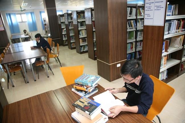 Thư viện Trung Tâm – Trường Đại Học Quốc Gia TP. Hồ Chí Minh