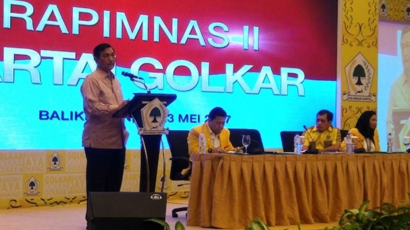 Luhut Binsar Pandjaitan berpidato di Rapimnas Golkar