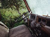 /broken-car-vehicle-rust