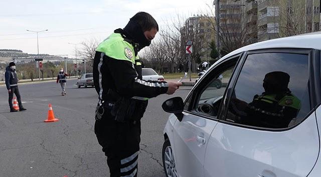 Urfa'da tedbirlere uymayan onbinlerce kişiye ceza!