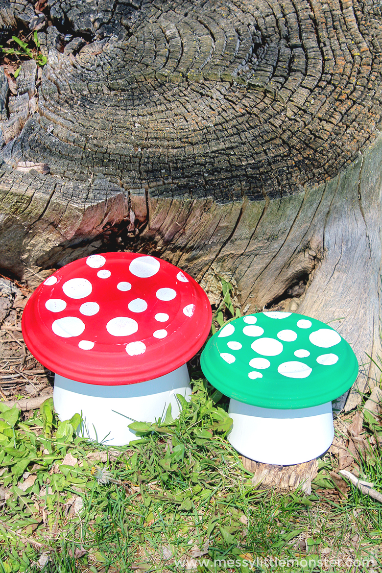 easy garden project for kids. make a flower pot toadstool from clay terra cotta pots