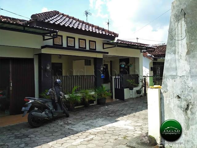 Rumah dalam Perumahan jalan Godean Km 8