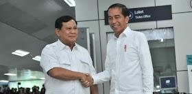 Prabowo Senyum Saat Jokowi Nyatakan Tidak Ada Lagi Kecebong dan Kampret