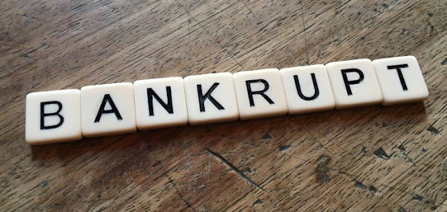 financial management cause business failure company bankruptcy