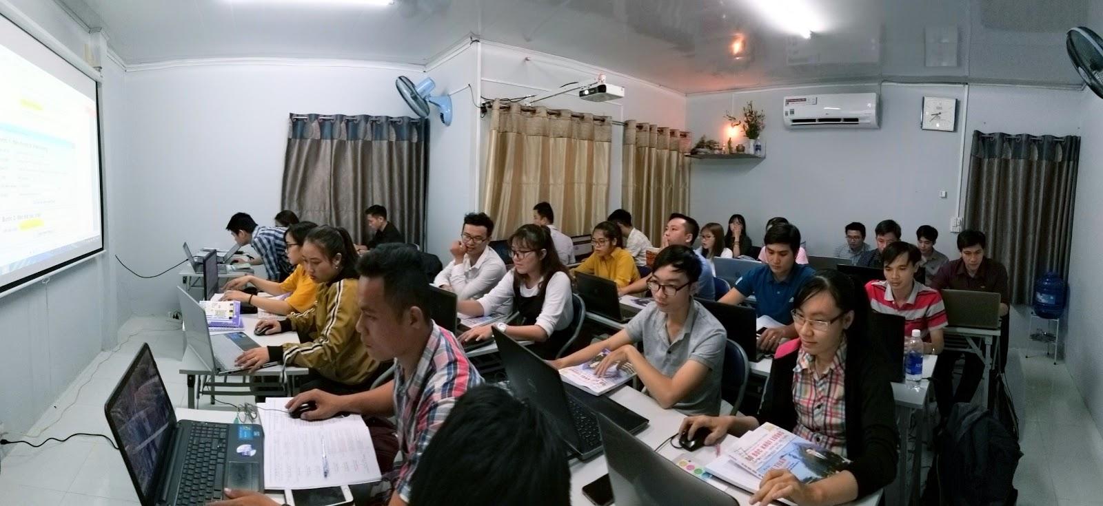 TB Chiêu sinh lớp dạy kèm bóc khối lượng học ban ngày Tháng 12-2020 tại CLB Dự Toán DTC