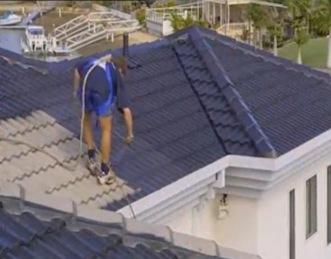 Roof Repair Master Roof Restoration And Painting A Step