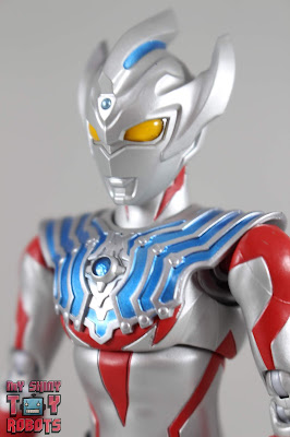 S.H. Figuarts Ultraman Taiga 01