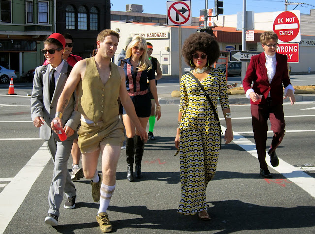 1 austin powers and foxy cleopatra costume