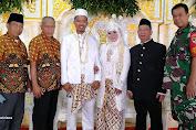Babinsa 02/Tambora Serma Mian Hadiri Pernikahan Warga Binaan , Siti Monika-Gunardi