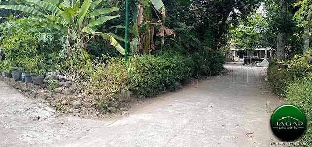 Rumah dekat Sirkuit Tambakrejo, Tempel