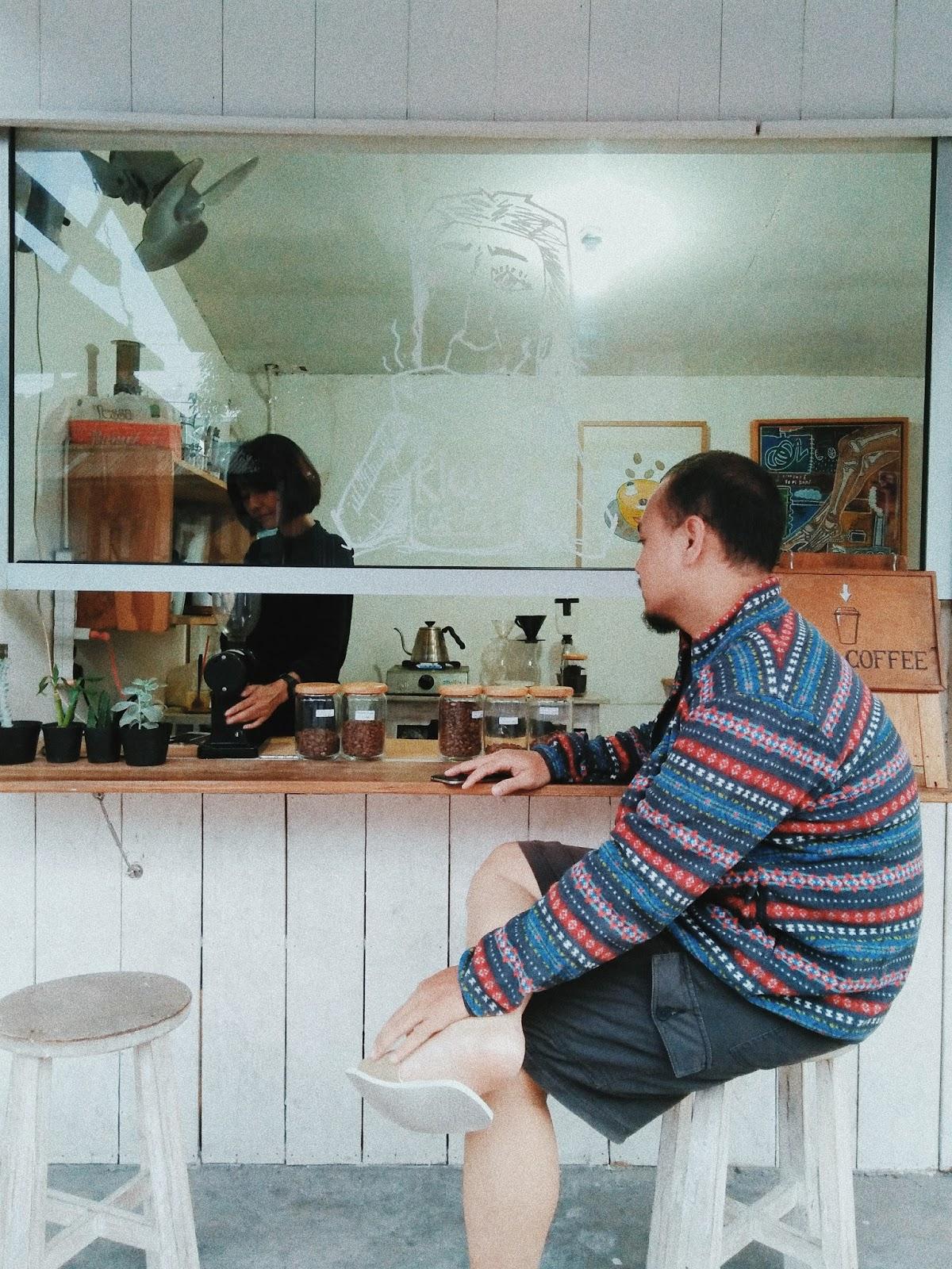 Menyusuri Prawirotaman Jogja : Hidup Ketika Pagi, Redup Kala Malam Menanti - Kiosk Coffe Prawirotaman