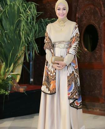 Model Gamis Batik Pesta Yang Trendi
