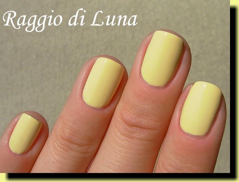 Pastel Yellow Gel Nail Polish