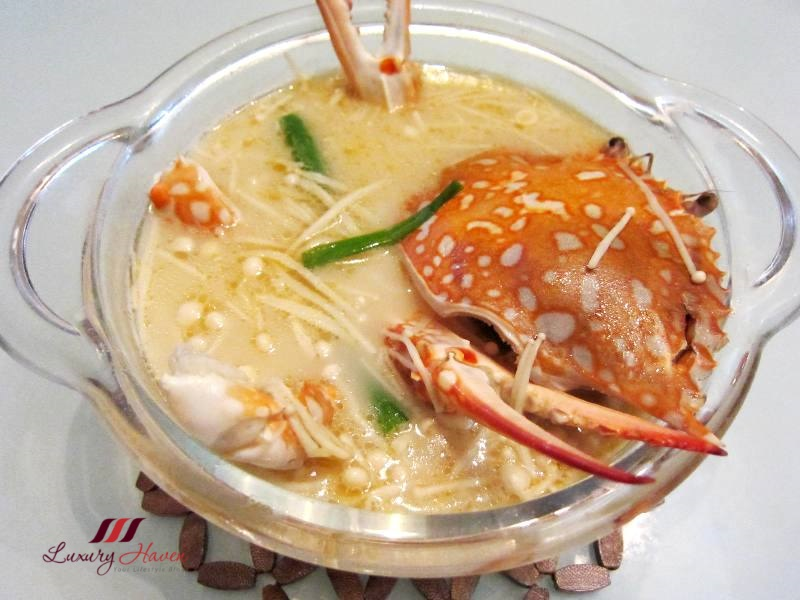 tasty flower crab soup with enoki mushroom recipe