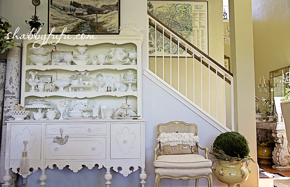 French country decor in Texas - entry way in a french country style home