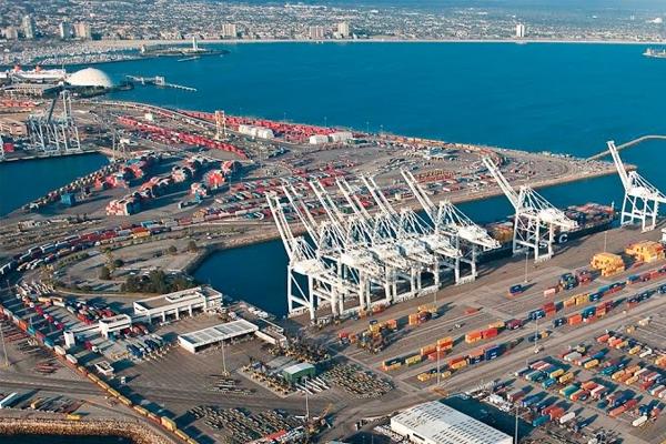 رسميا مشروع الميناء الوسط لن يعود لسواحل الشلف