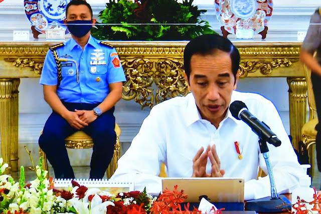Jokowi Akui Pertumbuhan Ekonomi Indonesia Terkontraksi Sangat Dalam
