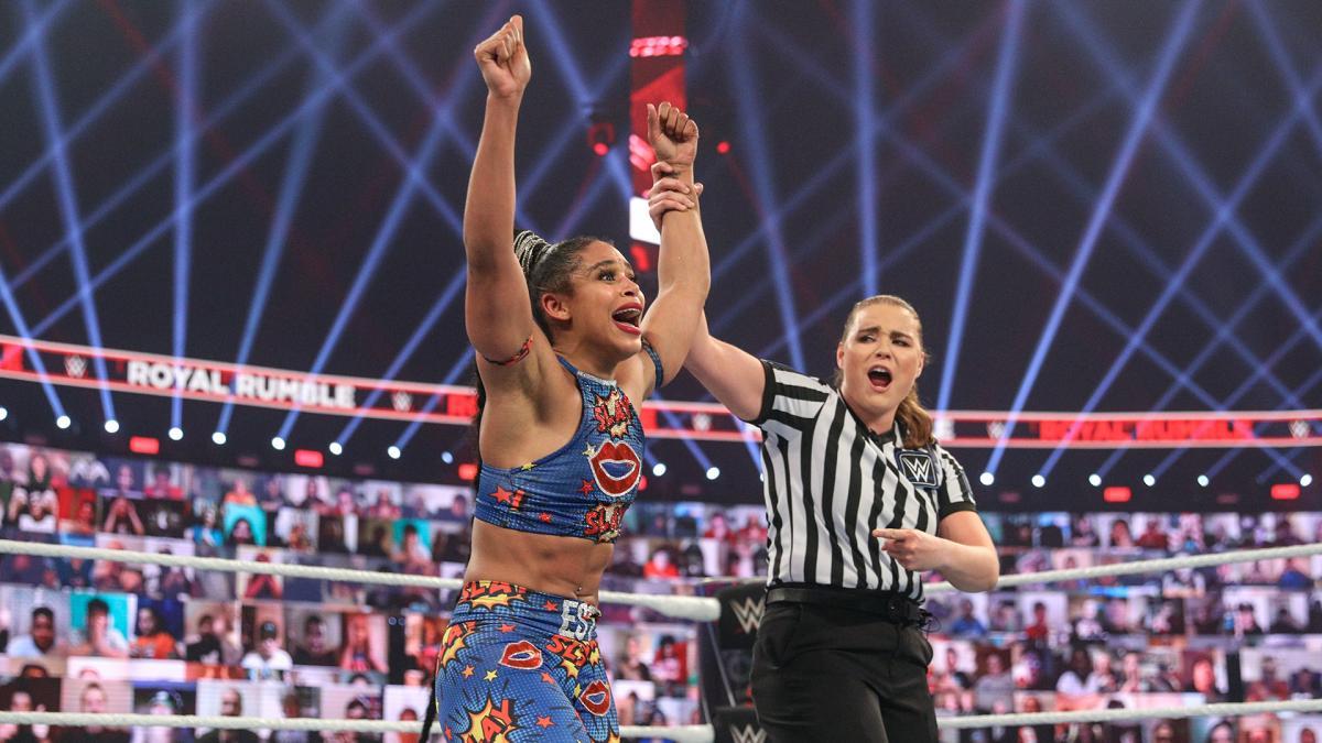 Bianca Belair foi aplaudida nos bastidores da WWE após vitória no Royal Rumble